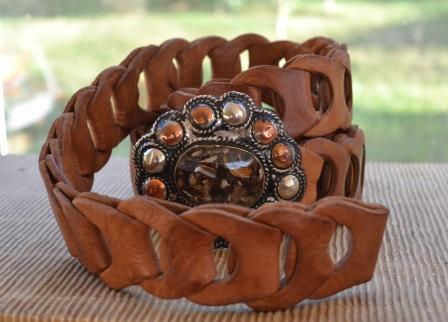 Ceinture à anneaux de cuir